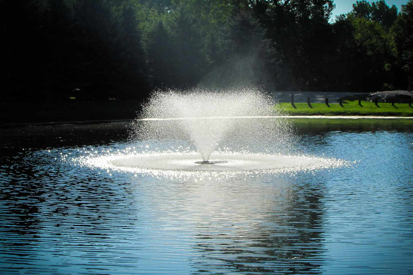 Floating Display Aerating Lake And Pond Fountains